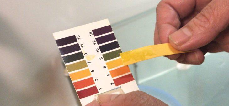 而人体正常皮肤的PH值是在5到7之间,护肤品选酸性好还是碱性好?